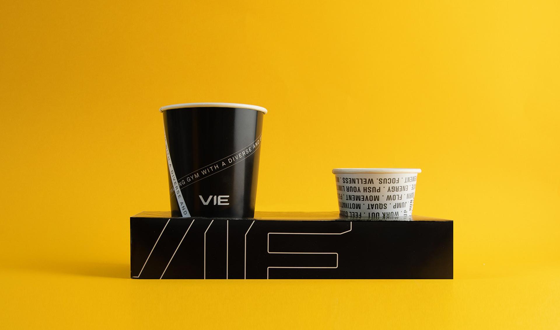 طراحی لیوان کاغذی شرکت وی
